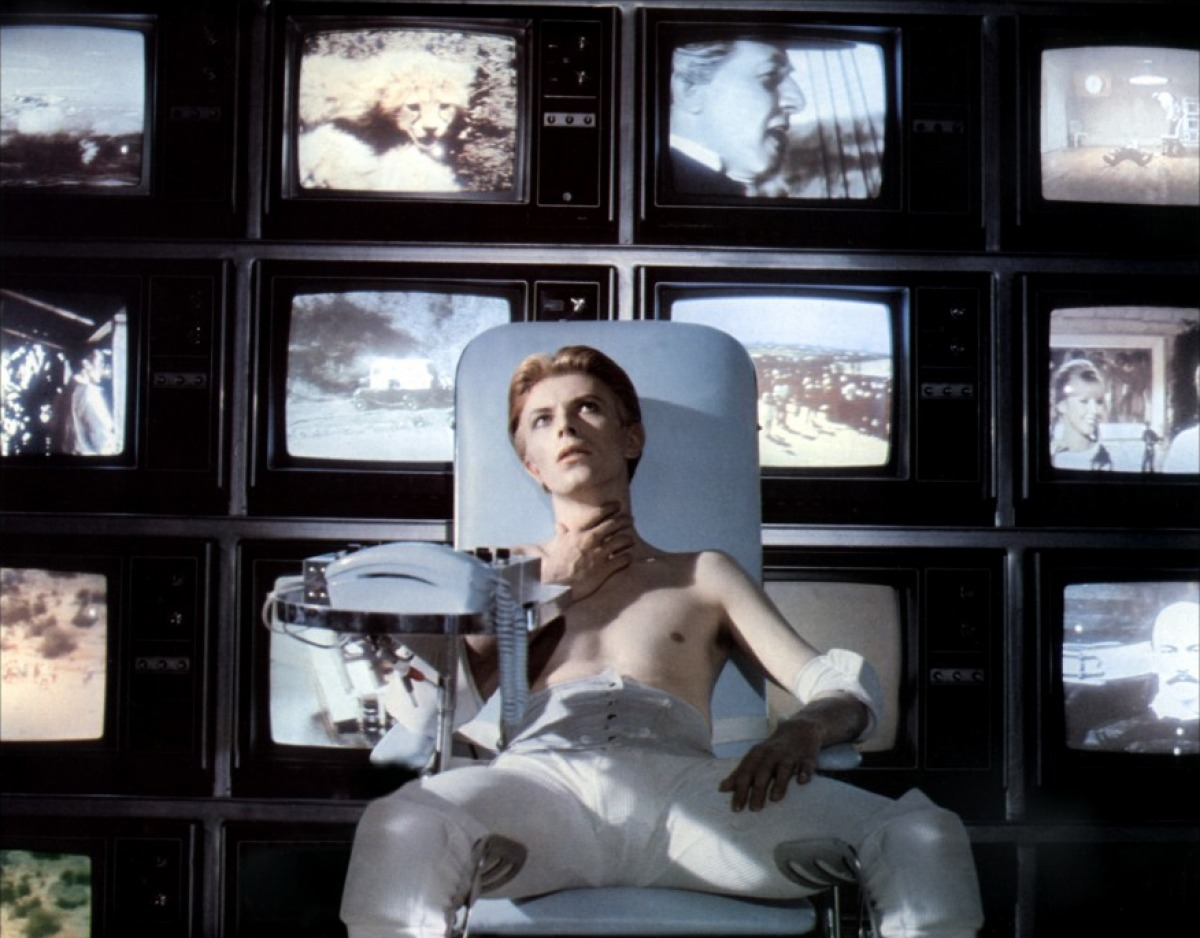 Man Who Fell to Earth-montage of screens
